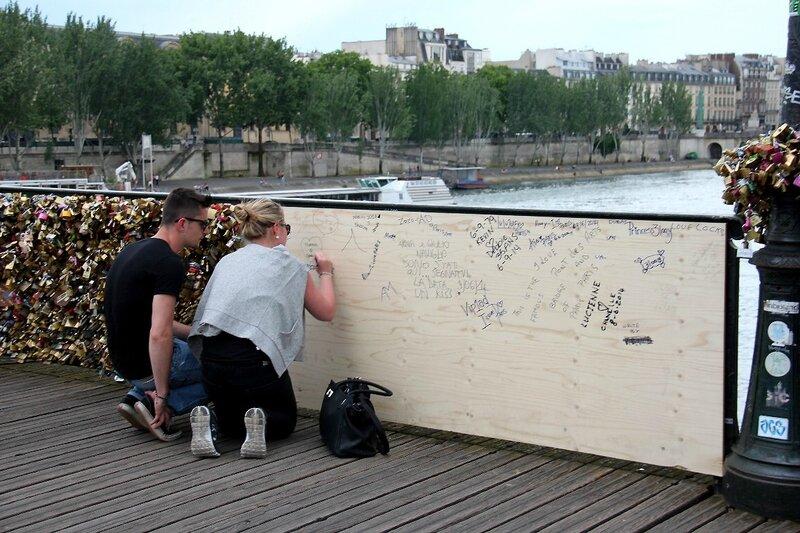 18-Pont des Arts (passerelle tombée)_1280