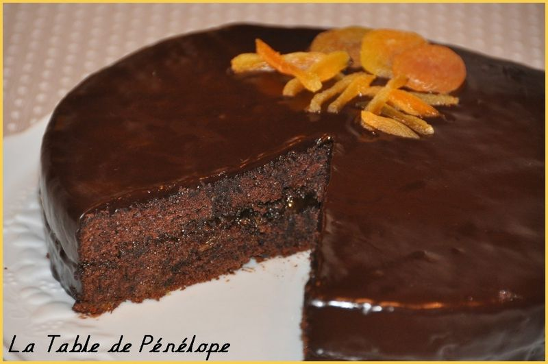 Gateau au chocolat avec confiture