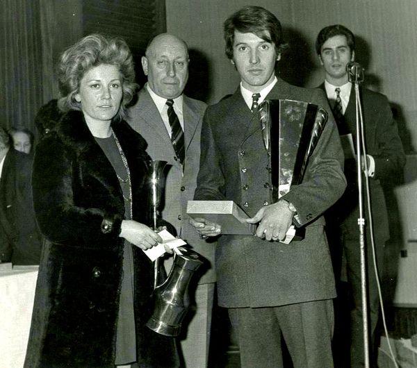 1970 - Rallye Lyon Charbonnières - Ginette-Yves Remise Prix