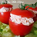 Tomates cocktail farcies au <b>saumon</b> <b>fumé</b>