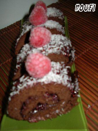Biscuit_roul____la_framboise_et_cacao2