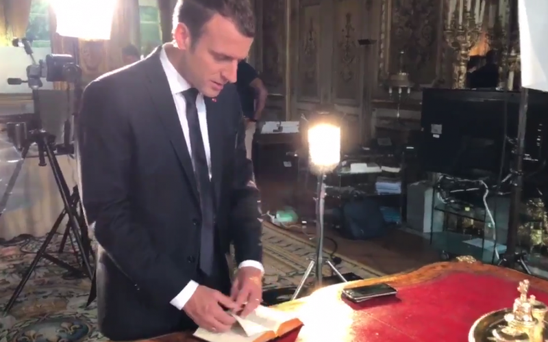 Macron photo officiel