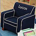 <b>Fauteuil</b> <b>enfant</b> personnalisable, petite chaise <b>enfant</b> personnalisable....voici des cadeaux de Noël toujours appréciés!