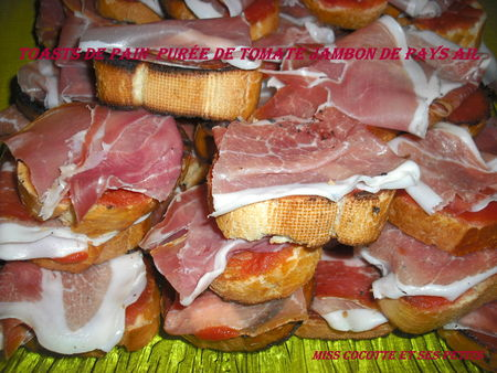 toasts_jambon_de_pays_tomate_ail__2_