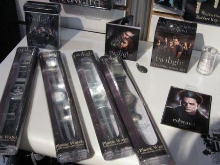 Collection 2009 de Goodies Twilight chez NECA 36042686_p