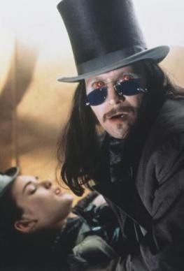 Jonathan Harker Keanu Le Dracula de Coppola ...