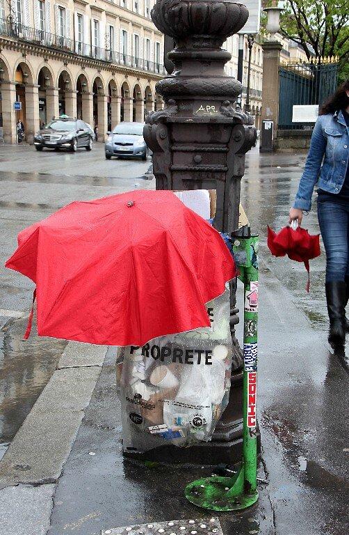 9-Parapluie, poubelle_7123