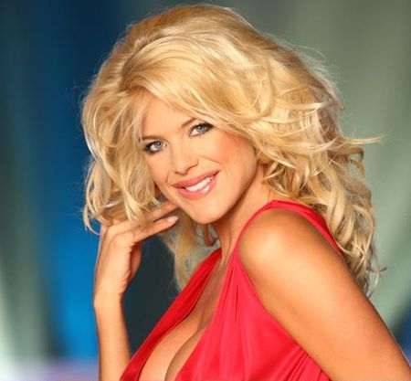 victoria_silvstedt_surgery