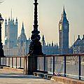 Londres : les habitants fuient la <b>ville</b> !