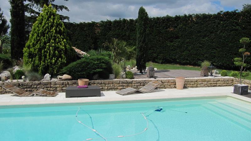 essais de la brosse t400 karcher pour nettoyage de terrasse piscines plages. Black Bedroom Furniture Sets. Home Design Ideas