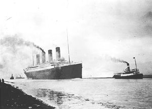 RMS_Titanic_sea_trials_April_19127