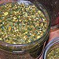 Un pesto tout vert pistache, basilic et piment pour un <b>chercheur</b> <b>d</b>'<b>or</b>!