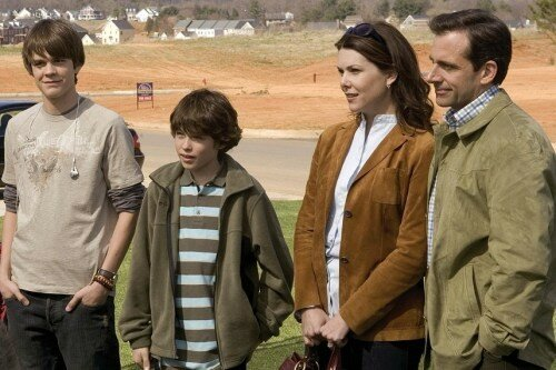 JOHNNY SIMMONS, GRAHAM PHILLIPS, LAUREN GRAHAM & STEVE CARELL_