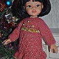 Robes <b>festives</b> pour poupées de 33 cm.