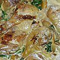 Curry de poulet aux pommes de terre et épinards
