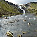 L'Islande... des gorges de Fjardrarghjufur aux chutes d'Ofaerufoss