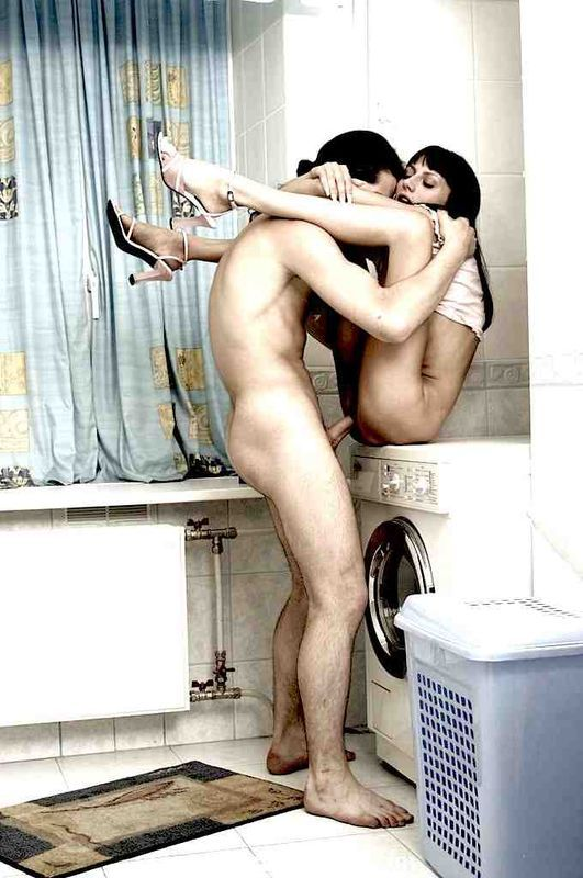 порно выебал в ванне