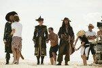 [Disney] Pirates des Caraïbes : Jusqu'au Bout du Monde (2007) 13486703_p