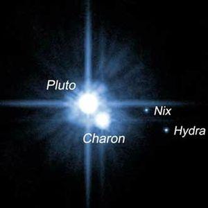 Pluton-Satellites-01
