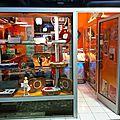 La Boutique VINTAGE TOURNE <b>DISQUE</b> aux Puces de Saint Ouen