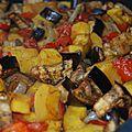 Caponata ou légumes de saison rôtis: <b>courge</b> délicata, aubergines, tomates, poivrons