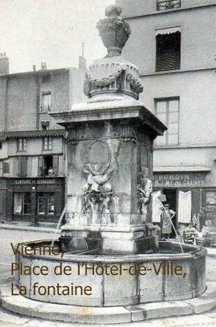 38_vienne_fontaine_place_de_l_hotl_de_ville_vers_1905_2