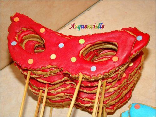 Février 2010 : Autour de la couleur rouge 49791612_m