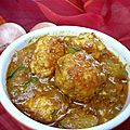 Curry de boulettes de poulet