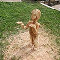 De la sculpture sur bois et sur tissus