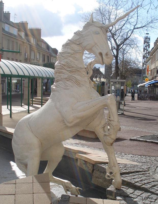 Sculptures fantastiques 39665283