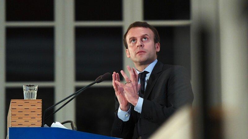 Macron prière