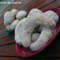 Croissants de lune à la <b>vanille</b> ou la petite douceur du weekend...