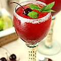 Le <b>cocktail</b> du jour: Cherry Mint Margaritas