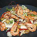 Gambas marinées réglisse-anis sur salade composée