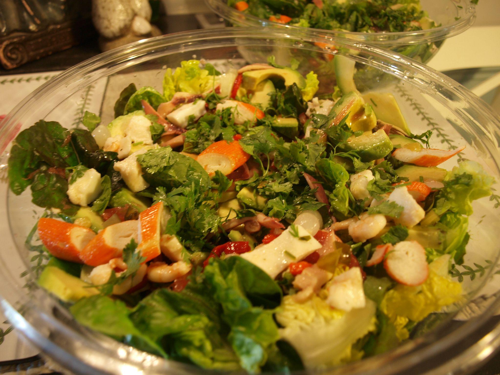 salade fraiche aux fruits de mer vinaigrette saveur asiatique blogs de cuisine. Black Bedroom Furniture Sets. Home Design Ideas