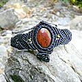 <b>Bracelet</b> tribal macramé noir obsidienne rouge