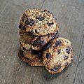 Biscuits moelleux à la banane, à l'avoine, à l'amande et au <b>chocolat</b>