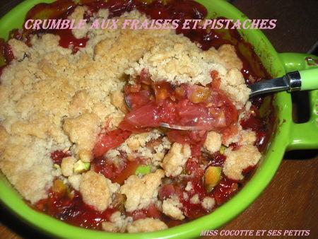 crumble_aux_fraises_et___la_pistache3