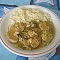 Nage de <b>poulet</b> au lait de coco et aux poivrons verts
