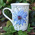 <b>Peinture</b> florale sur <b>porcelaine</b>