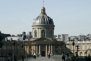 Institut_de_France_-_Académie_française_et_pont_des_Arts