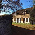 MAISON DE CAMPAGNE <b>A</b> <b>VENDRE</b> - COUNTRY HOUSE TO SALE -contact 0781464046