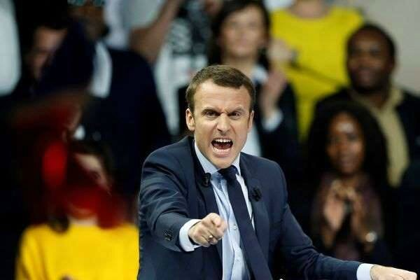 Macron 101216