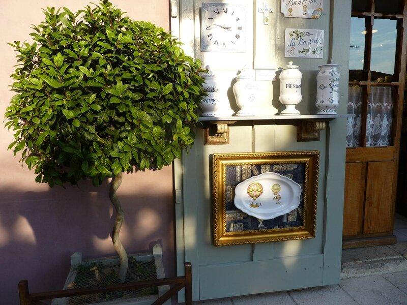 Boutique artisanale à Moustiers Sainte Marie