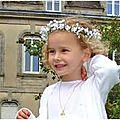 Couronnes de fleurs pour <b>première</b> communion ou pour un cortège : adresses !