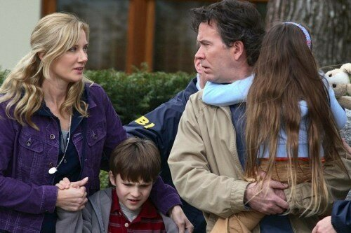 Joely Richardson, Chris O'Neil, Timothy Hutton & Rhiannon Leigh Wryn