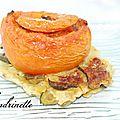 Tomate farcie aux ravioles sur lit de <b>courgette</b>