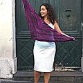 Le châle Reyna, tricot de <b>vacances</b>