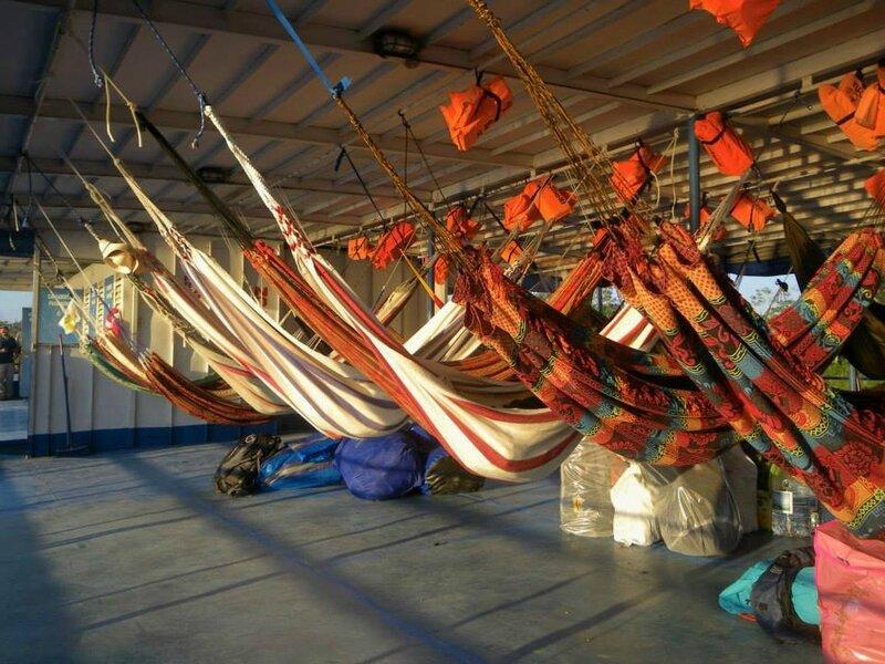 Hamacs sur le bateau, de Yurimaguas à Iquitos, Amazonie, Pérou