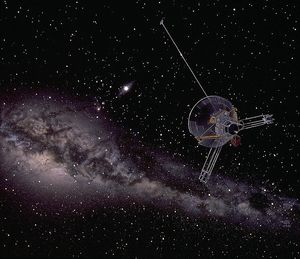 694px-Pioneer_10_images_the_sun